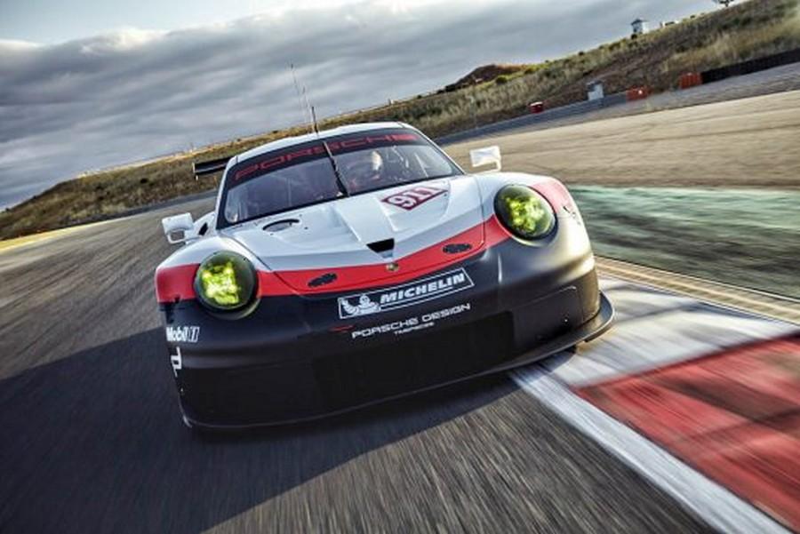 نگاهی به پورشه 911 RSR جدید