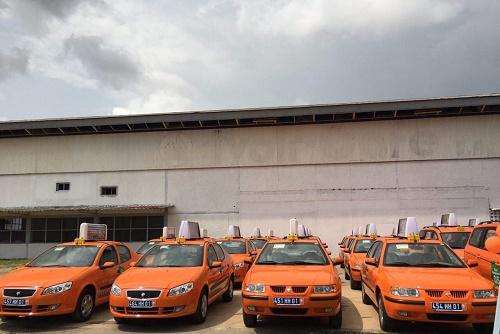 تاکسی های ایران خودرو در ساحل عاج