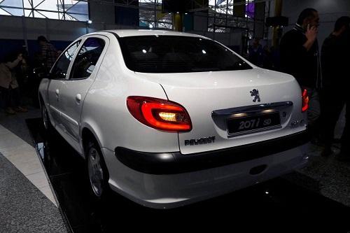 ایران خودرو از دنای جدید و 207 صندوق دار رونمایی کرد