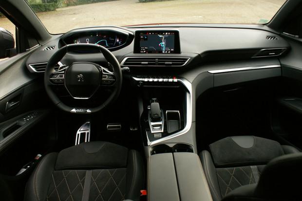 خودروی جدید پژو 3008 با چه مشخصاتی به ایران میآید؟