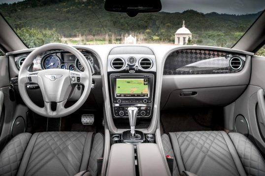 تجربهٔ رانندگی با بنتلی کانتیننتال سوپراسپرت، سریعترین بنتلی تاریخ