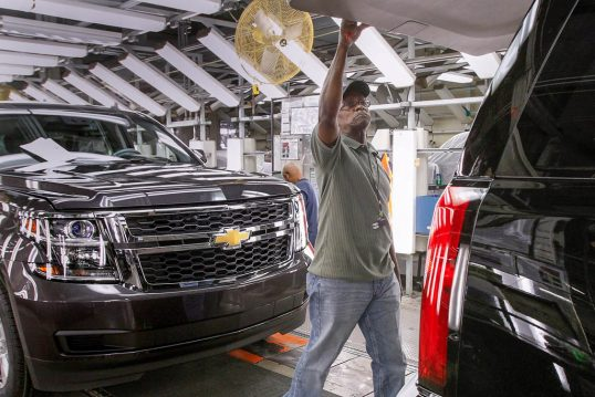 دستمزد کارگران صنعت خودرو در سراسر دنیا