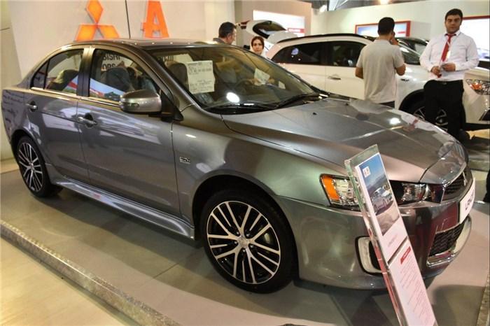 فروش ویژه خودروهای وارداتی با تسهیلات ویژه در نمایشگاه خودرو البرز