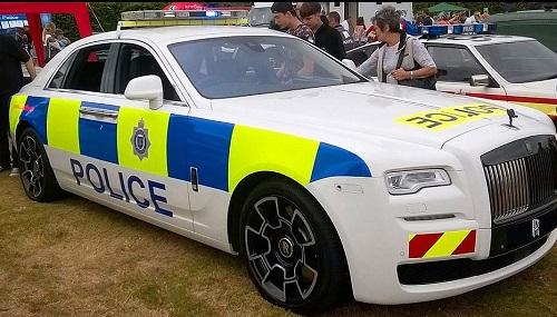 لوکس ترین خودروی پلیس جهان تحویل داده شد