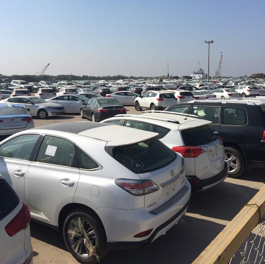 برخورد جدی و قانونی با تغییر غیرمنطقی قیمت خودروهای وارداتی