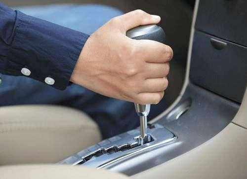 چرا ایرانیان از خودروهای دنده اتومات در بازار بیشتر استقبال می کنند؟