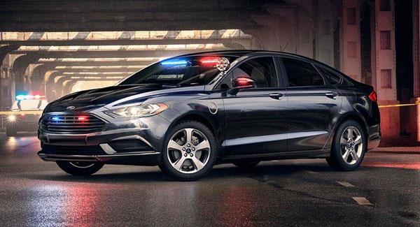 آشنایی با نخستین خودروی فورد پلاگین هیبریدی پلیس