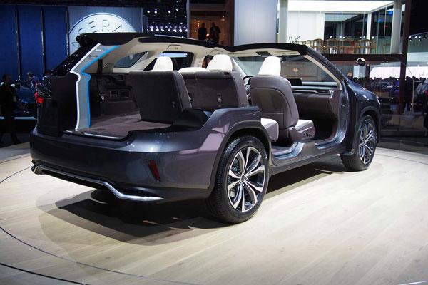 دو مدل از لکسوس RX L در نمایشگاه خودرویی لس آنجلس معرفی شدند
