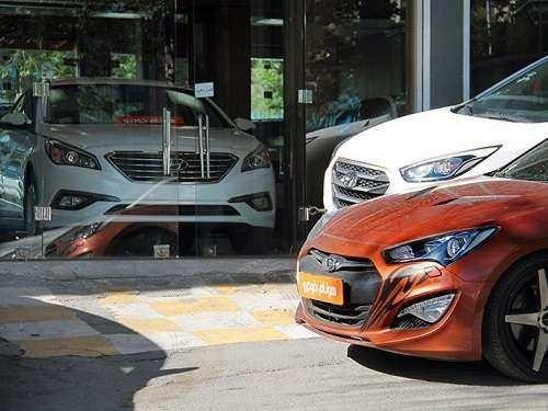 گرانی اخیر خودروهای وارداتی قانونی اعلام شد