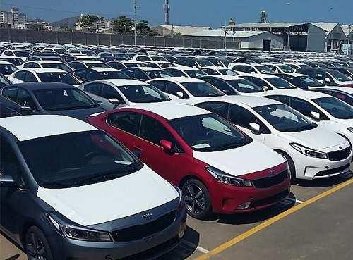 تعرفه واردات خودرو به کشور همچنان در ابهام