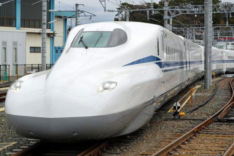 رونمایی از قطار فوق سریع ژاپن