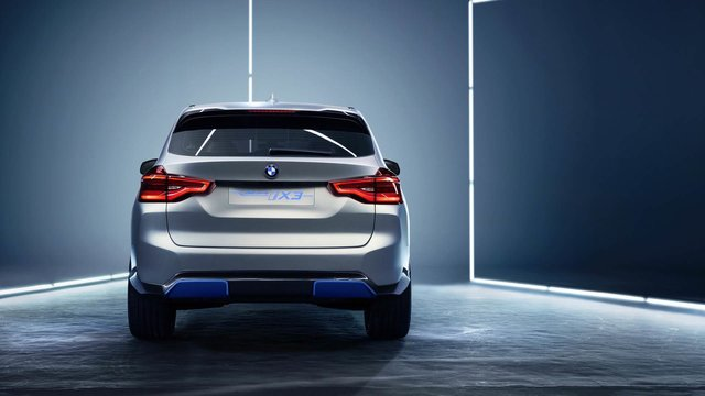 رونمایی از خودروی مفهومی تمام برقی BMW در پکن - عکس