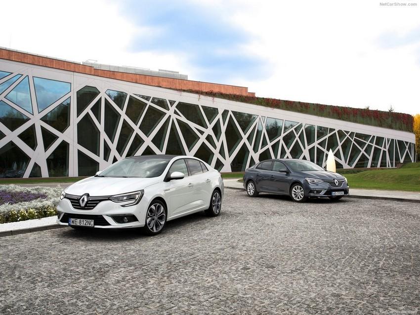 نگین خودرو : ورود 2 خودروی جدید رنو به ایران و کاهش حجم بازار خودروهای وارداتی