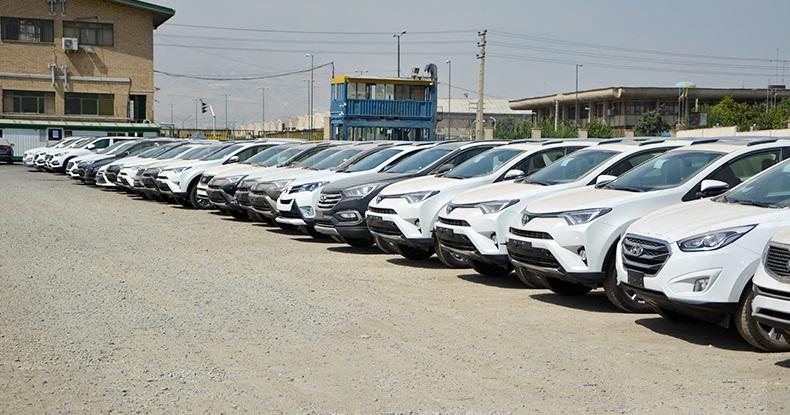 با ممنوعیت واردات، تکلیف خریداران خودروهای وارداتی چیست!؟