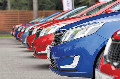 فهرست واردکنندگان خودرویی که ارز دولتی دریافت کردند توسط بانک مرکزی منتشر شد