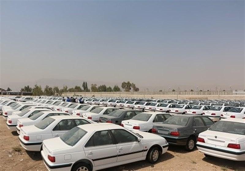 تعزیرات: اختفای ۱۹۰۰ خودرو در انبار ایران خودروی شیراز؛ ایران خودرو باز هم تکذیب کرد