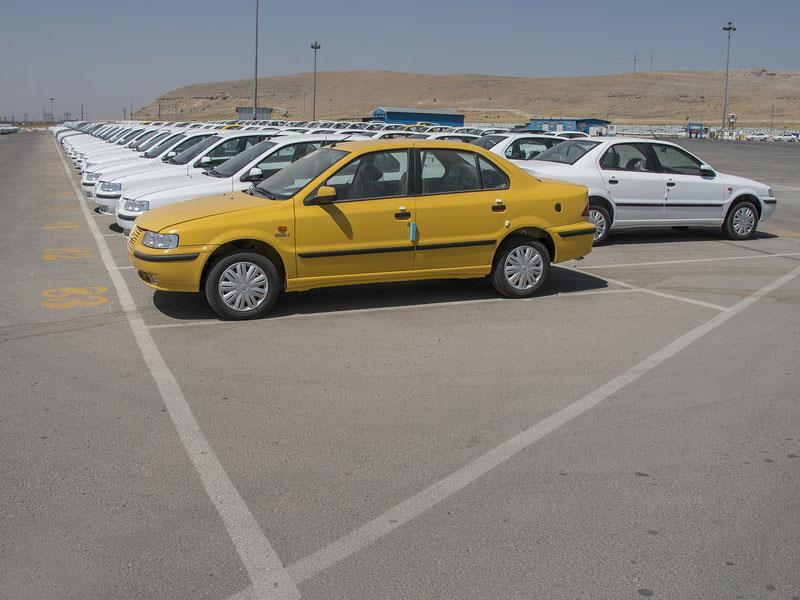 جوابیه ایران خودرو در خصوص خبر پلمب انبار احتکار 8845 خودرو سمند در آذرشهر