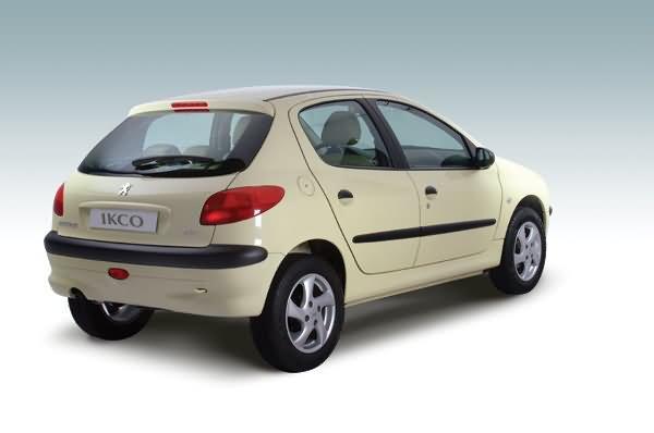 جدول قیمت صفر خودرو در بازار آزاد – 2 آبان / پژو۲۰۶ تیپ دو 2 میلیون ارزان شد