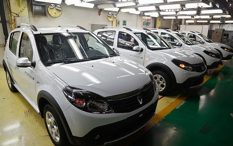 متوقف شدن فروش خودرو رنو فرانسه به ایران