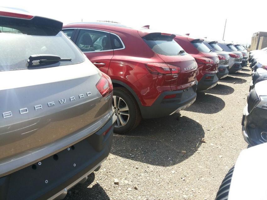 خاک خوردن خودروهای «بورگوارد» در گمرگ! + تصاویر