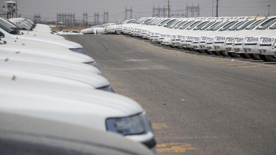 تردید دولت بر سر دو راهی افزایش قیمت خودرو